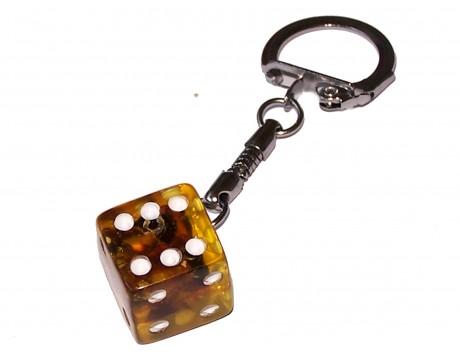 Gintariniai žaidimų kauliukai su raktų laikikliu