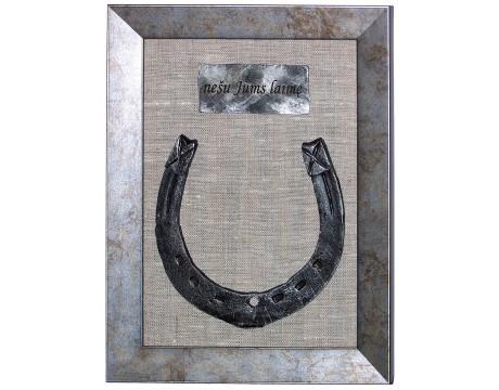 Kalviška pasaga rėmelyje su vardine graviracija, 15x21cm, sendinto aukso/sidabro/vario